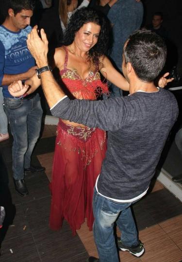 Танцьорки за празници (снимка)